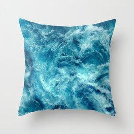 Ocean is shaking Throw Pillow