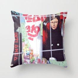 Joconde Throw Pillow
