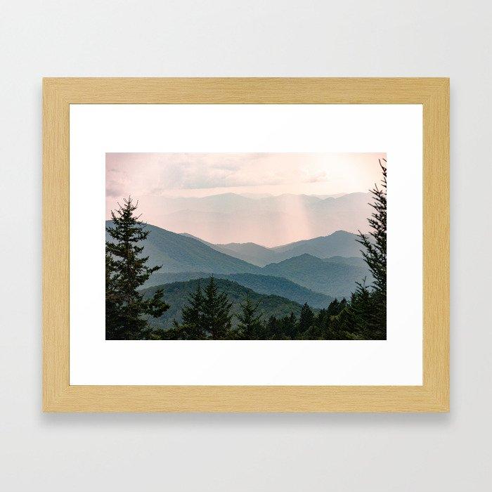 Smoky Mountain Pastel Sunset Gerahmter Kunstdruck