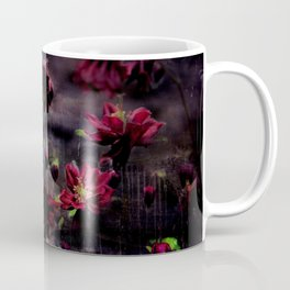 Mes ancolie - Aquilegia dark floral Coffee Mug