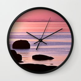 Lines in the Sea Wall Clock