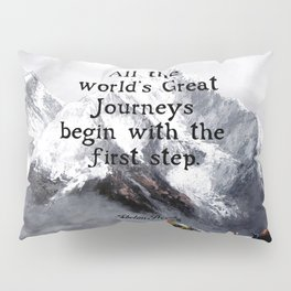 All the world's Great Journeys Motivational Tibetan Proverb With Panoramic View Of Everest Mountain Pillow Sham