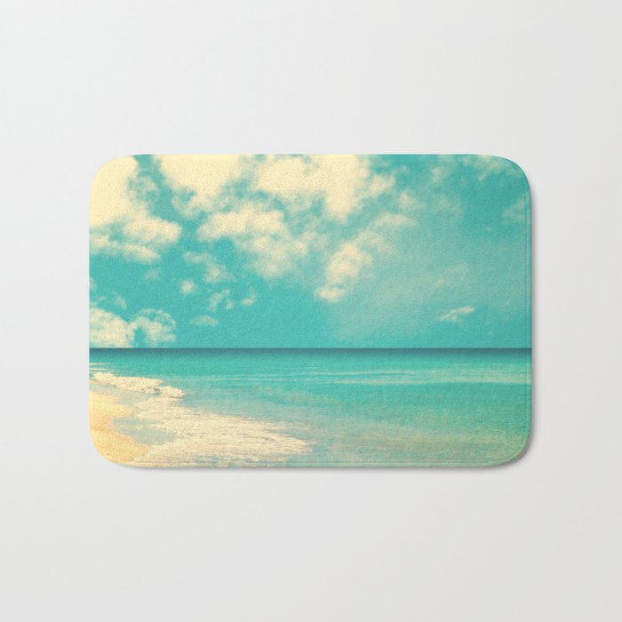 Waves of the sea (retro beach and blue sky) Bath Mat