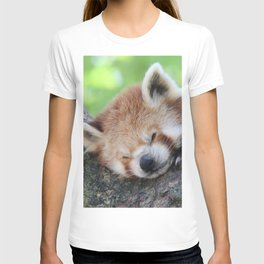 Red_Panda_20150705_by_JAMFoto T-shirt