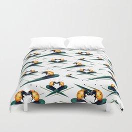 Bugs in Love (Pattern) Duvet Cover
