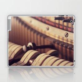 Le Vieux Piano Laptop & iPad Skin