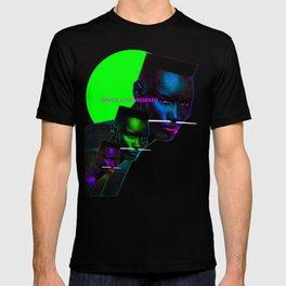 """Grace Jones """"Remixed"""" T-shirt"""