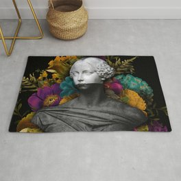 Chaotic Floral Bust Rug