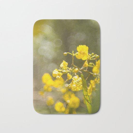 Popcorn Flower Bokeh Delight Bath Mat