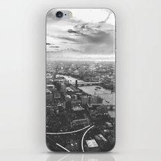 London Skyline BW iPhone & iPod Skin