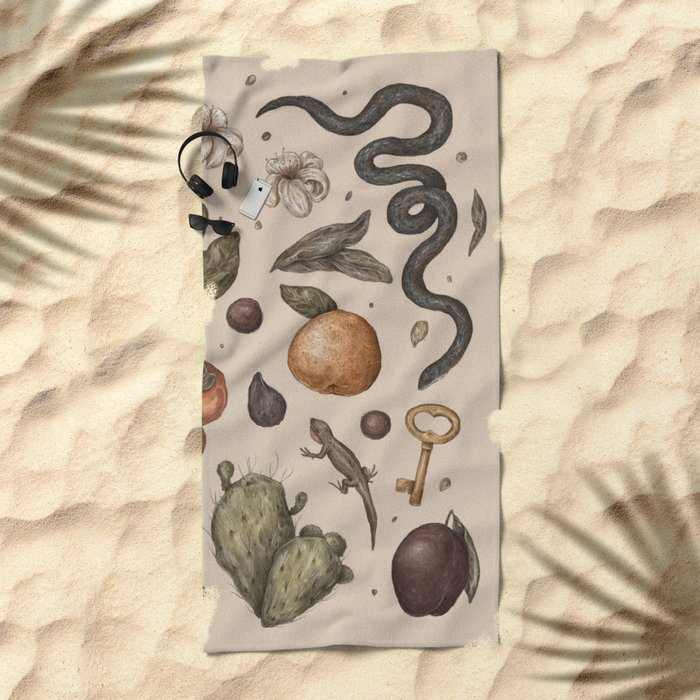 Florida Nature Walks Beach Towel
