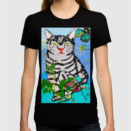 Kater in der Wiese T-shirt