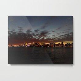 Sun setting hearts - Montréal Metal Print