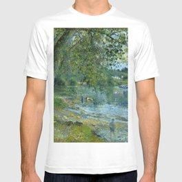 """Camille Pissarro """"Bords de l'Oise à Auvers-sur-Oise""""(""""Banks of the Oise at Auvers-sur-Oise"""") T-shirt"""