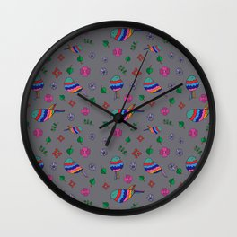 Bird Pattern Gris Wall Clock