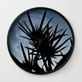 Se Holly and the moon. Wall Clock