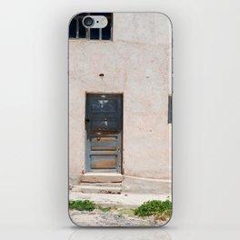 Bolivia door 5 iPhone Skin