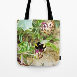 bumble bee on the dunes I Tote Bag
