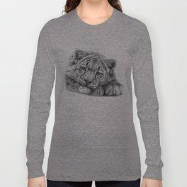 Snow Leopard Cub G105 Long Sleeve T-shirt