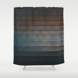 blyykfyde Shower Curtain