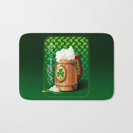 Wooden beer mug with foam and clover Bath Mat