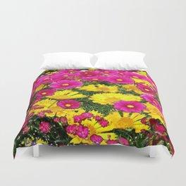 FUCHSIA GARDEN FLOWERS YELLOW COREOPSIS Duvet Cover