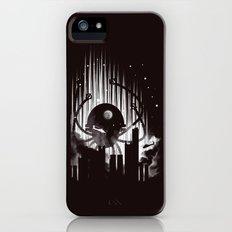 Invasion iPhone (5, 5s) Slim Case