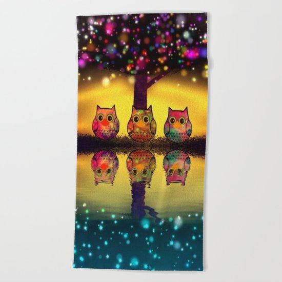 owl-202 Beach Towel