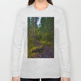 Walking along the Berg Lake Trail in Fall Long Sleeve T-shirt
