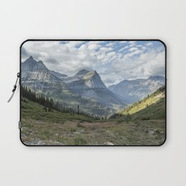 Catching a View from Going to the Sun Road Laptop Sleeve