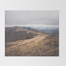 Over the hills and far away Throw Blanket