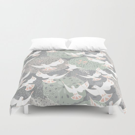 doves and flowers Duvet Cover