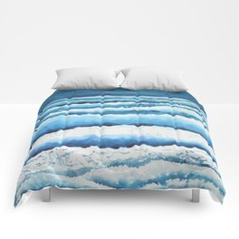 Watercolour waves crashing on the shore Comforters