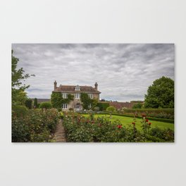 Farmhouse in Pluckley Canvas Print