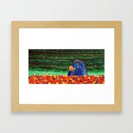Mujer arando Framed Art Print