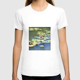 Water lilies- dreaming T-shirt