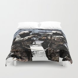 3 Soldiers & US Flag Duvet Cover