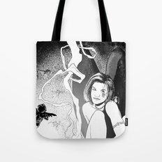 B & W No.7 Tote Bag
