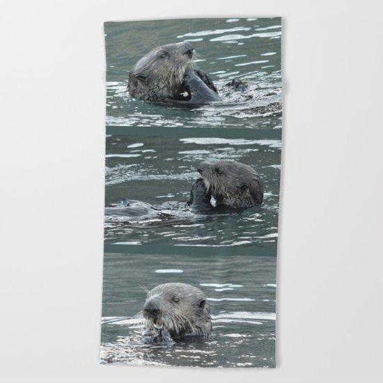 Crustacean Dinner Beach Towel