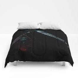 Tong Pose 1 Comforters