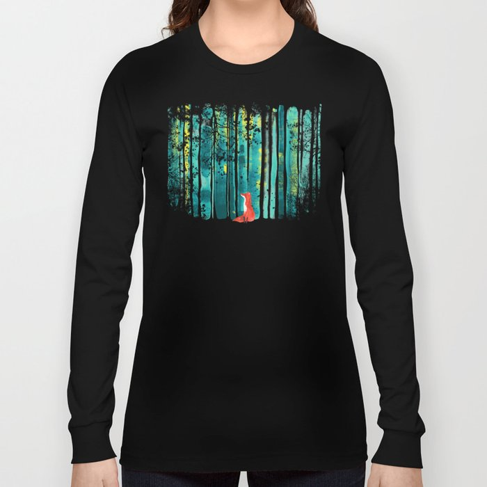 Fox in quiet forest Long Sleeve T-shirt