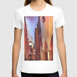 Castle rising above buildings of medieval village of Cesky Krumlov- Czech Republic T-shirt
