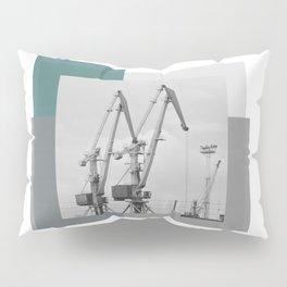 Giraffe crane Pillow Sham