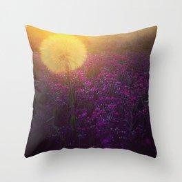 Dandy morning Throw Pillow