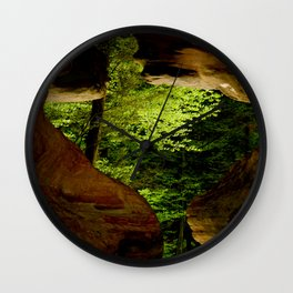 Cave-out Kiss Wall Clock