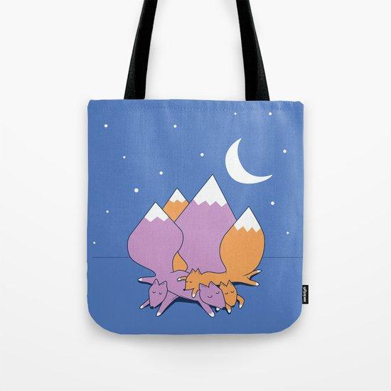 Let sleeping foxes lie Tote Bag