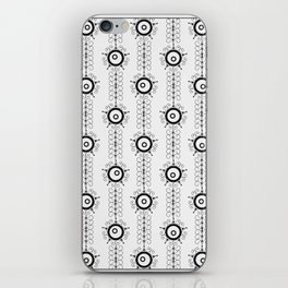 Black and white pattern Art Deco 25 . iPhone Skin
