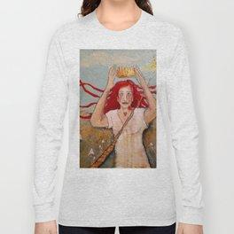 Crowning Herself Long Sleeve T-shirt