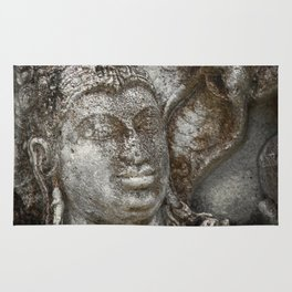 Statue at the entrance of The Polonnaruwa Vatadage Rug
