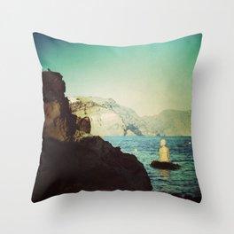 greek girl loves you Throw Pillow